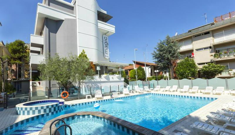 B b riccione solare with b b riccione b b riccione with - Hotel con piscina a riccione ...